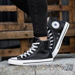 schwarze converse